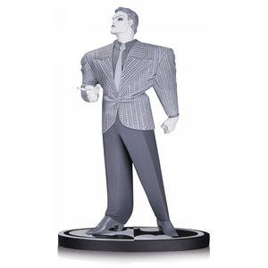 DC COLLECTIBLES Joker by Frank Miller Batman Black & White Statue from Dc Comics 18 cm