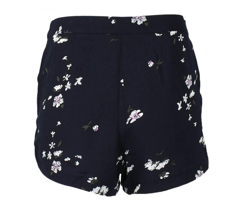 Short Maginifique