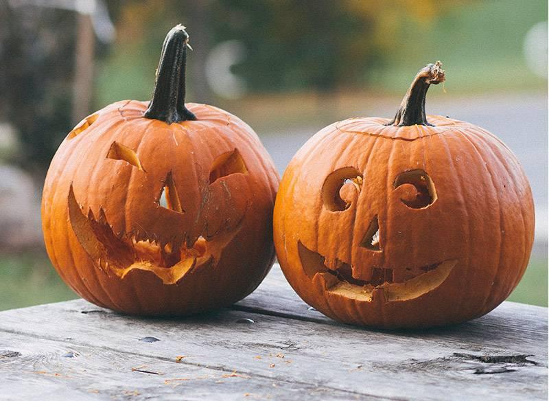 Pompoen uithollen voor Halloween? Zie hier de stappen!