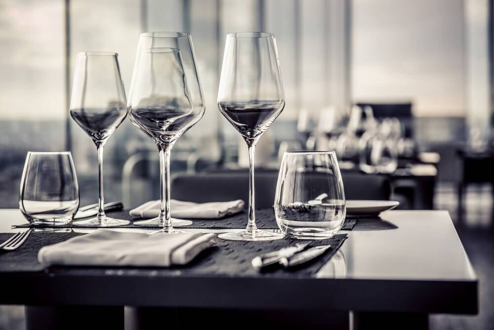 Tafel dekken horeca: alle regels omtrent etiquette en opmaak