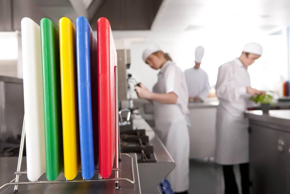 Snijplanken: Welke kleur gebruik je voor welk product?