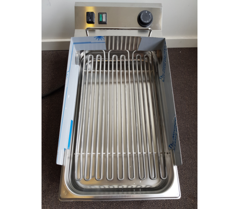 Bartscher SHOW MODEL | Water grill 40 | Fast warm up time 400V | 320x630x (H) 320mm