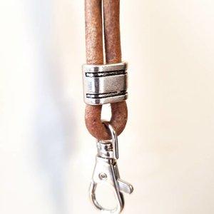 PJH Leren Fluitkoord 5 mm met musketon