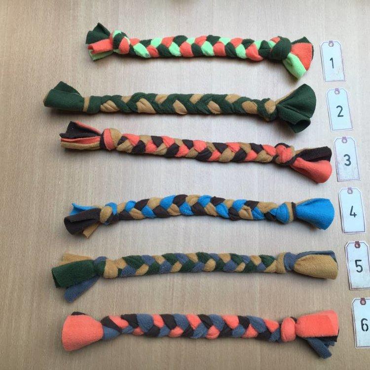 PJH Fleece Gevlochten Speeltje ca. 50 cm