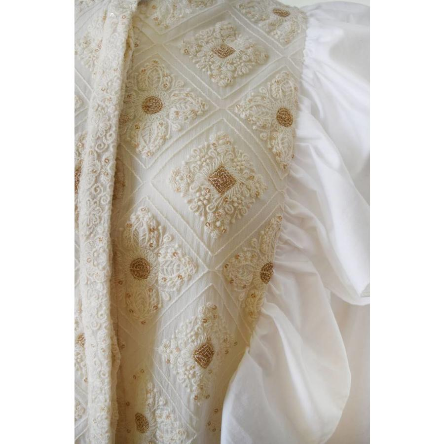 Lace patch apron shirt