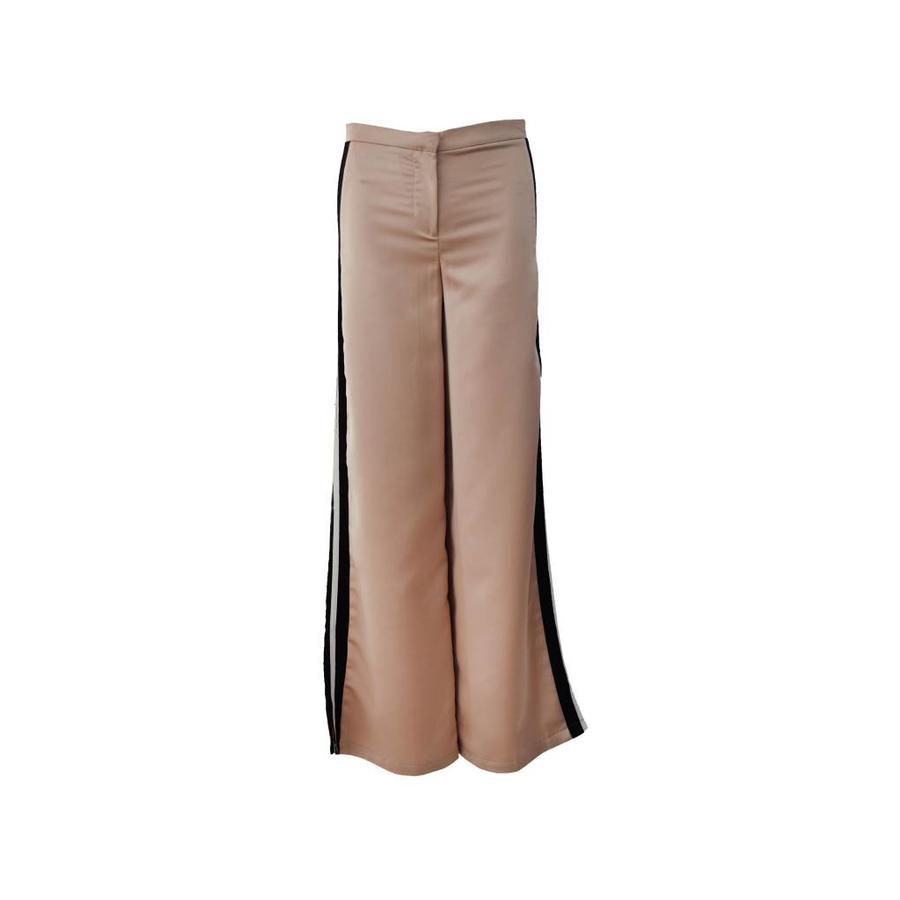 Side striped trouser
