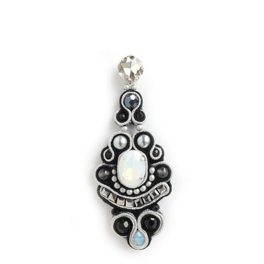 Crystal Drop Earrings Black/White