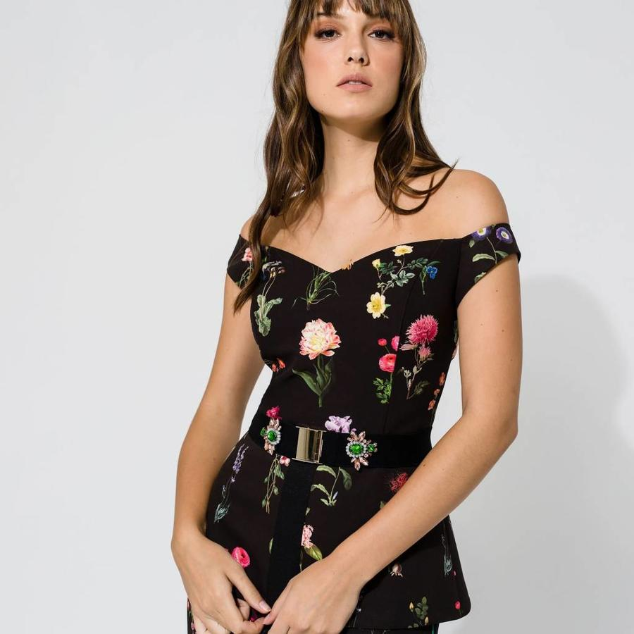 Off shoulder flower printed top