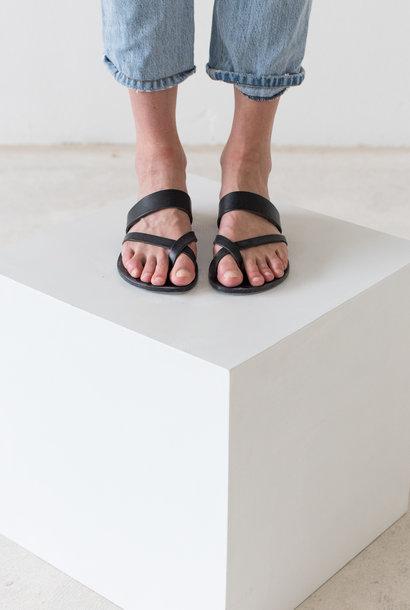 Slipper Toe Cross Strap Black Vegetable Tanned Leather