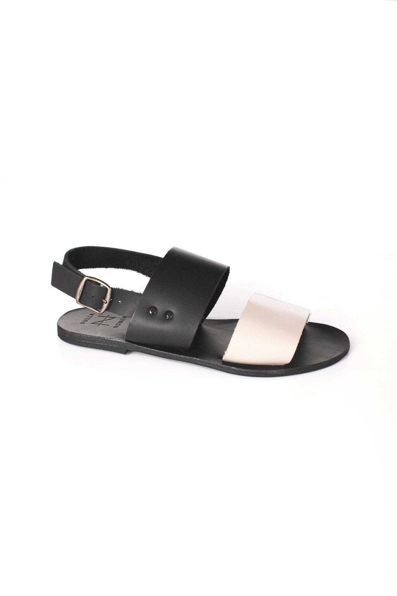 Nulla Nomen | Sandal black / Nude Vegetable Tanned Leather-2