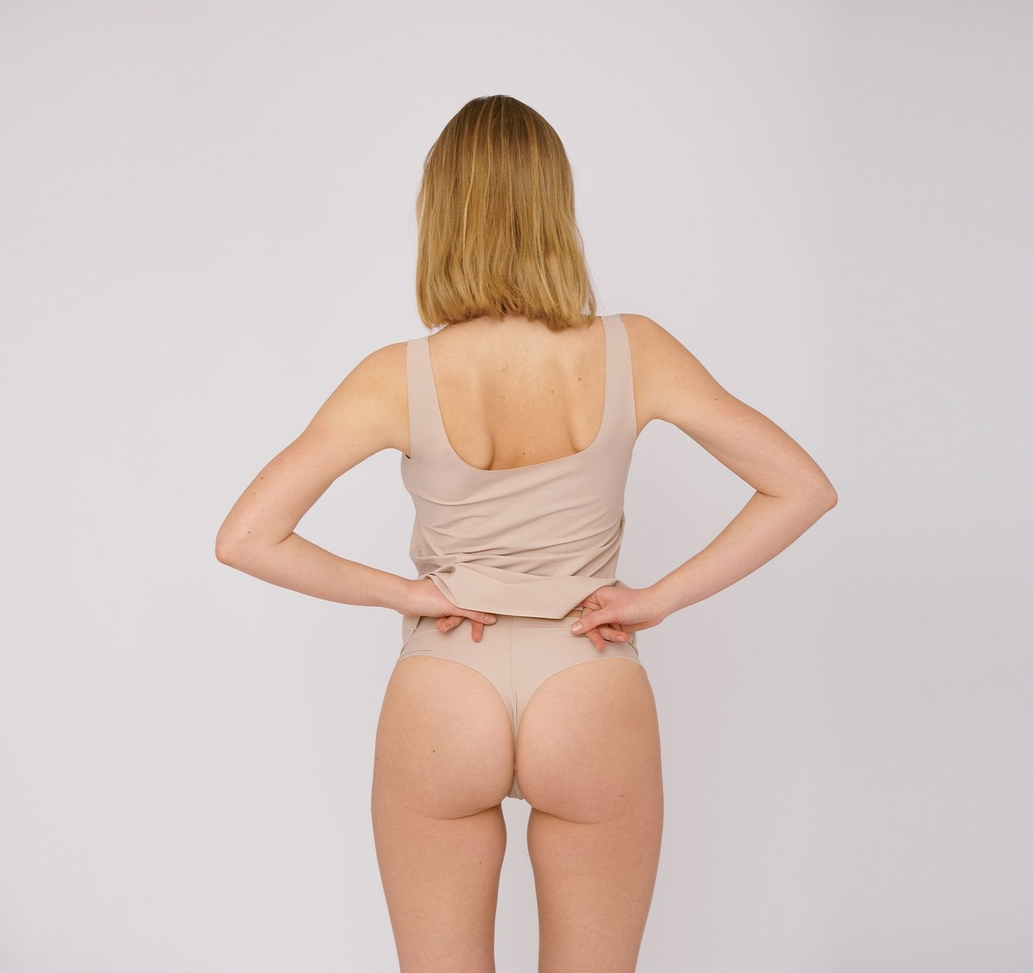Organic Basics | Invisible Cheeky Thong 2-pack Rose Nude-2