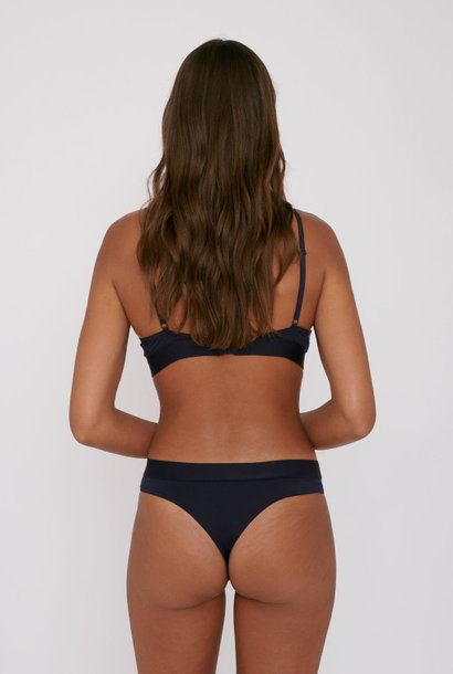 Organic Basics Soft Touch Tanga 2-pack Navy Tencel ™