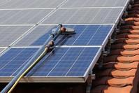 Photovoltaikreiniger - längere Lebensdauer & höhere Rendite für Ihre Anlage