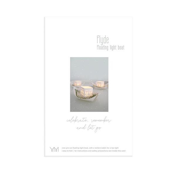 Jurianne Matter papieren bootje  - Flyde