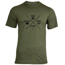 House of Carp Seek Feed Catch Release T-Shirt - Zwart