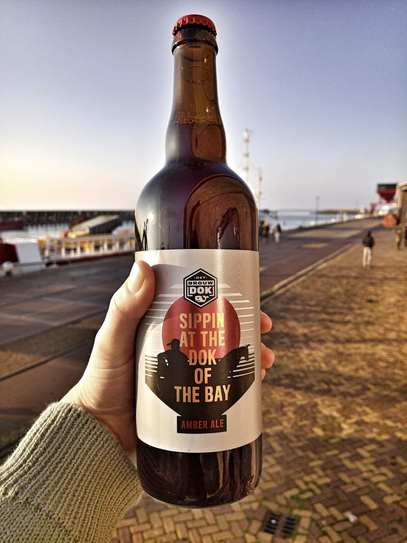 Het Brouwdok Sipping On The Dok Of The Bay -750ml