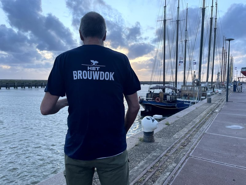 Het Brouwdok T-Shirt - Save the Ales - French Navy