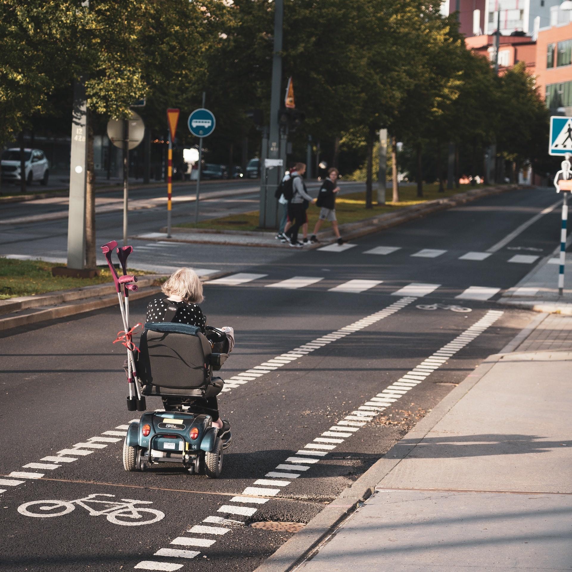 Met een scootmobiel rijden in de winter - Handige Tips