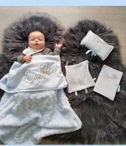 Glitz4kids Prachtige baby deken met naam en kroon