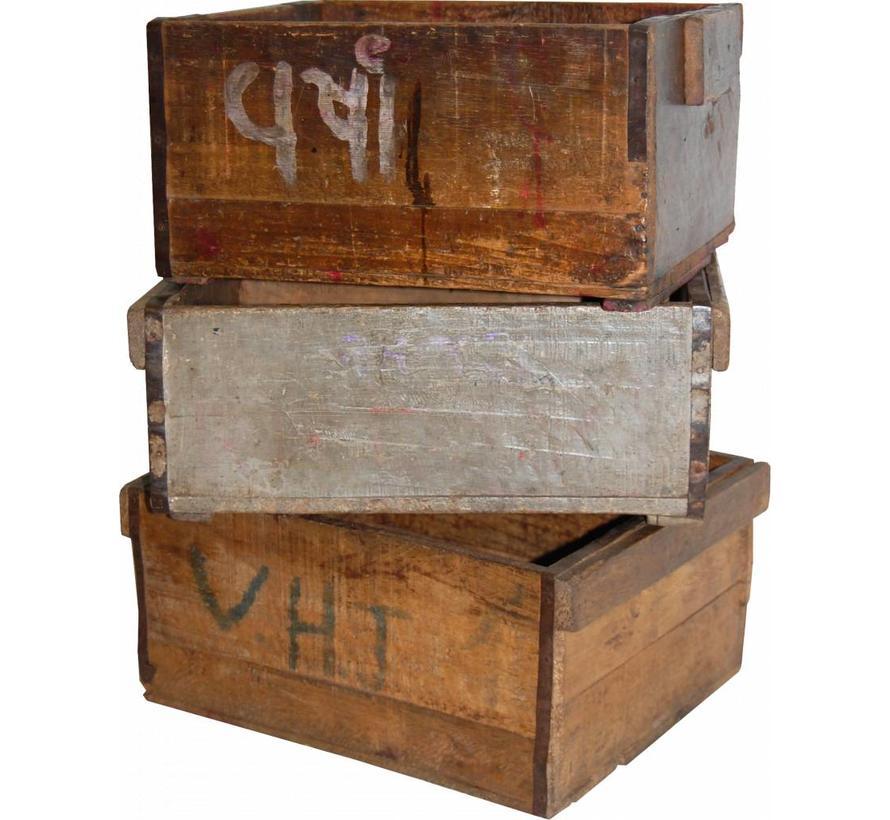 rustikale Holzkiste mit Patina    jedes Stück ein Unikat