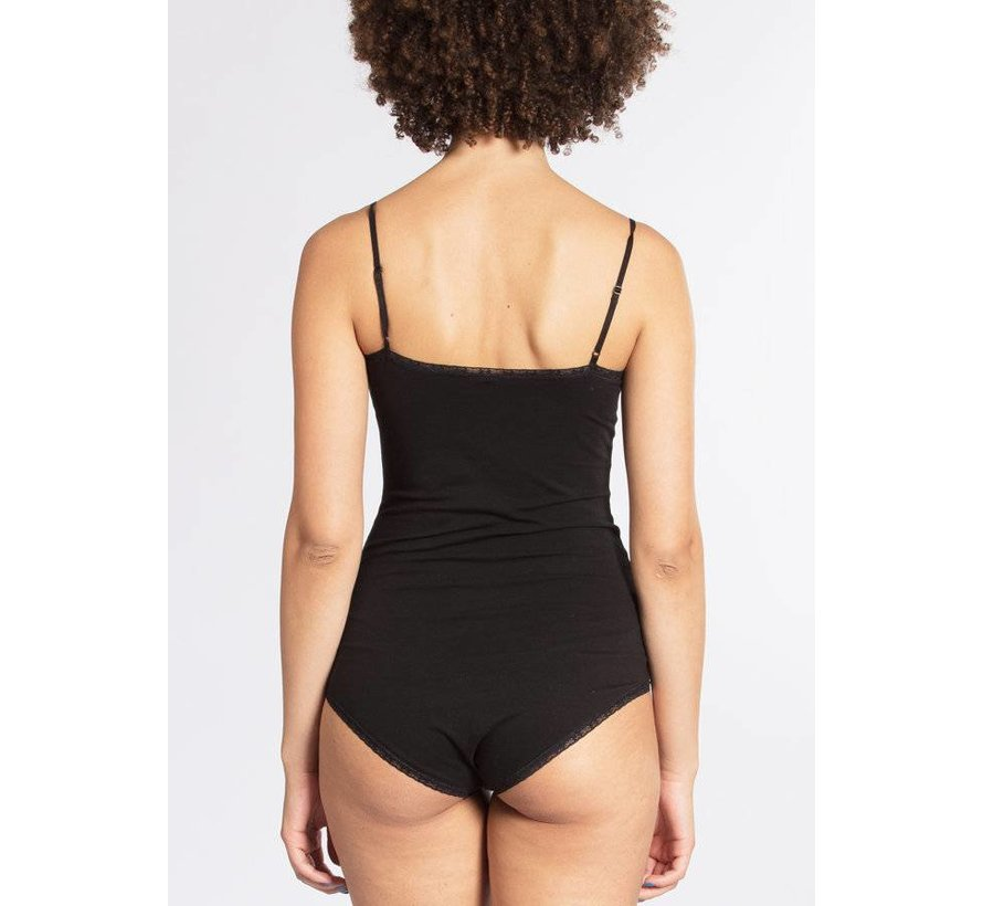 Body | spaghetti logonese | black lady