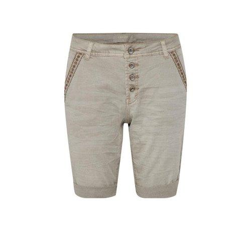 Cream Clothing Shorts | Zarah Shorts | Truffet