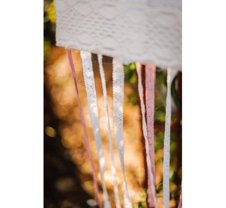 Spitzenband auf Holzspule | Altrosa | 1.5cm x 10m