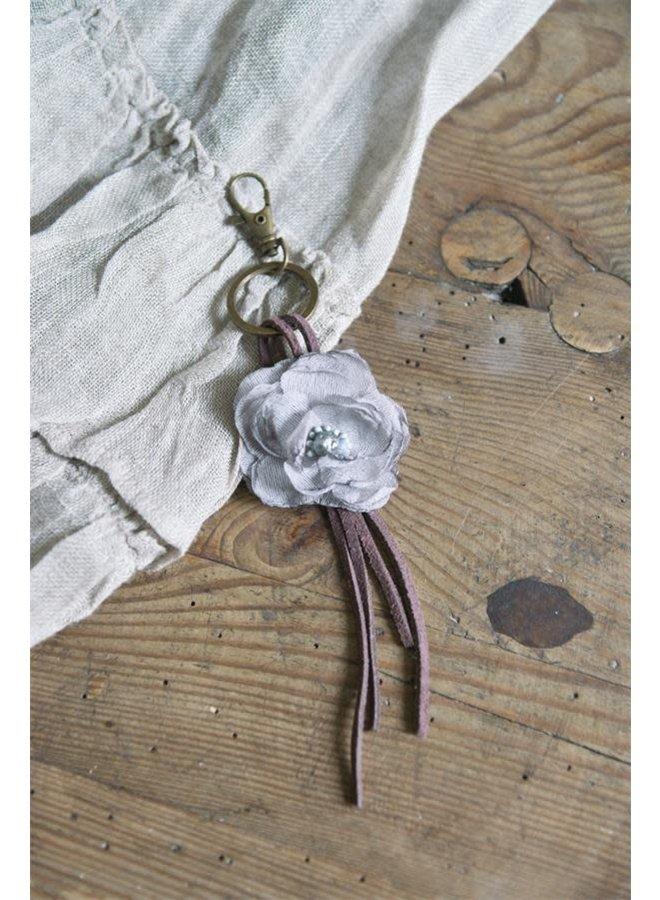 Schlüsselanhänger mit Blume