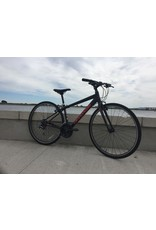 CANNONDALE QUICK 8 SMALL BLACK/RED SECOND HAND BIKE S/H (stock)