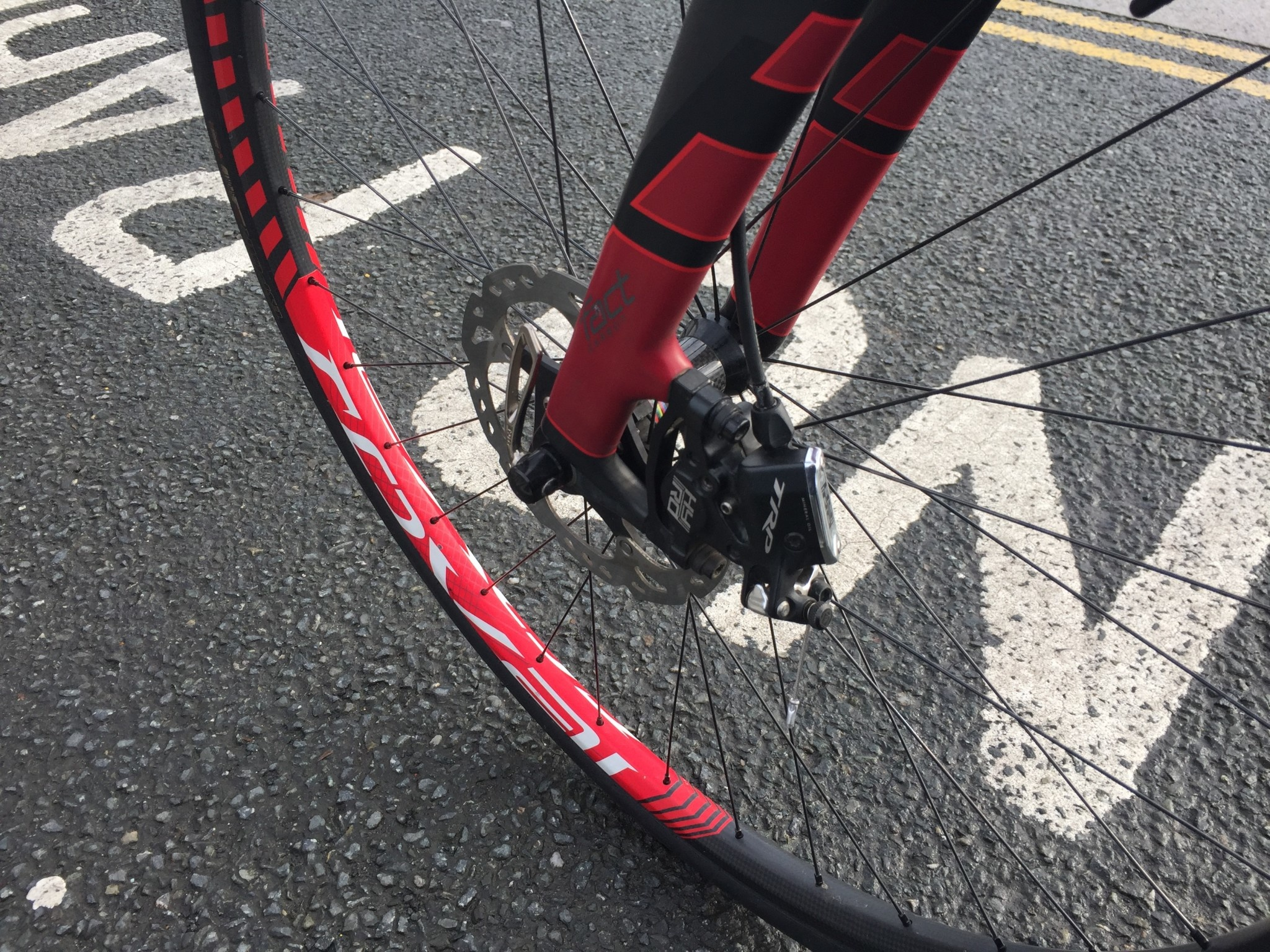 SECOND HAND S/H BIKE SPECIALIZED CRUX CARBON BLACK/RED 57CM *PRIVATE SALE*