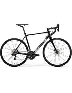 Merida Merida Scultura 400D Hydraulic Disc 105 Road Bike Black 2021