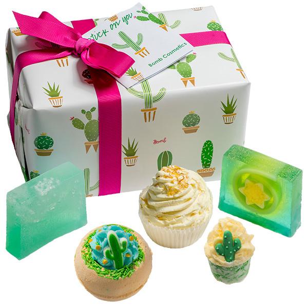 Bomb Cosmetics Stuck on You - Giftbox