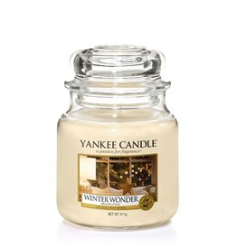 Yankee Candle Winter Wonder - Medium Jar