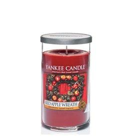 Yankee Candle Red Apple Wreath - Medium Pillar