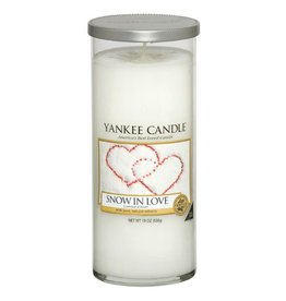 Yankee Candle Snow In Love - Large Pillar