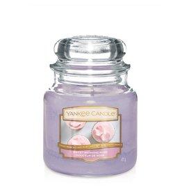 Yankee Candle Sweet Morning Rose - Medium jar