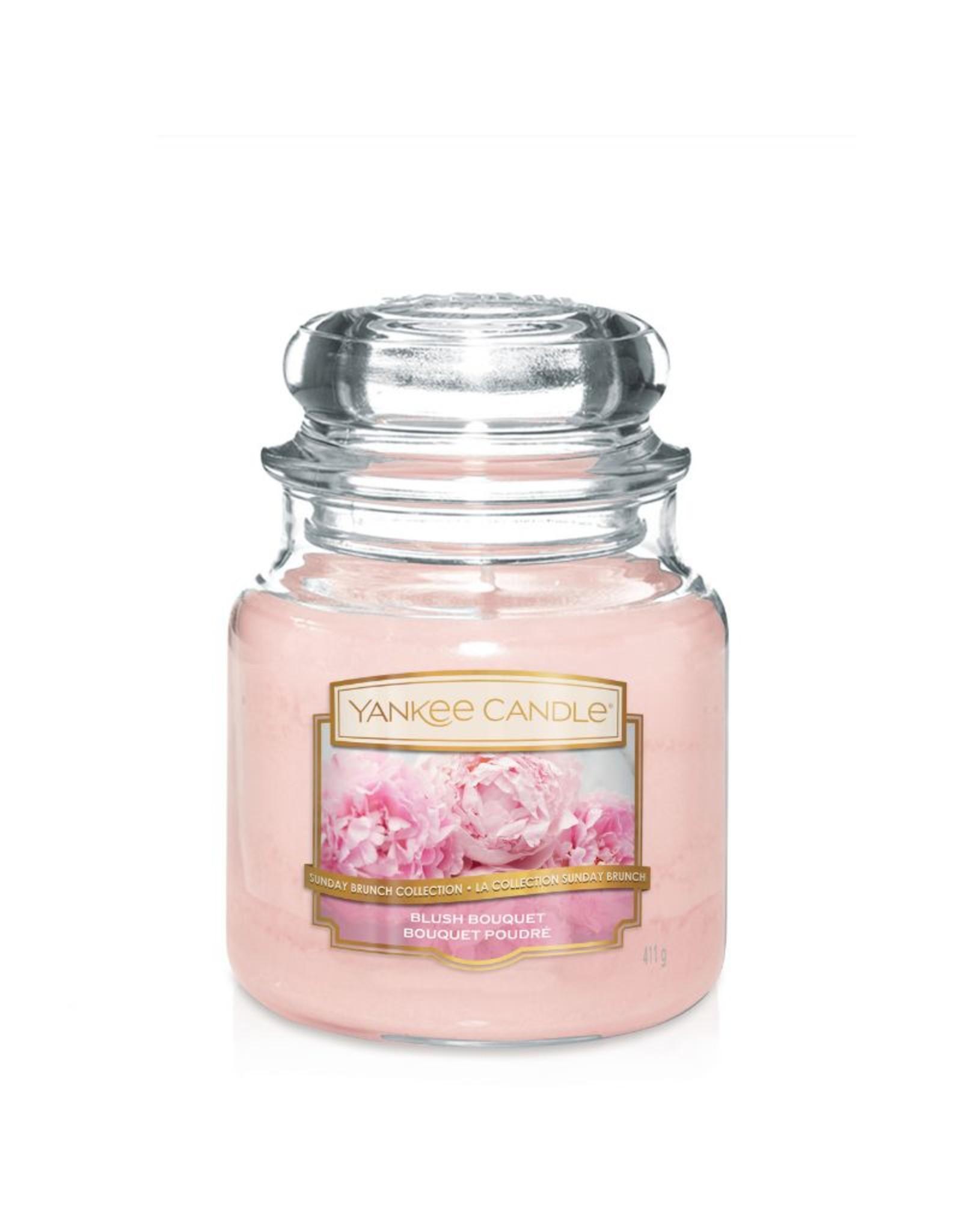 Yankee Candle Blush Bouquet - Medium jar