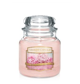 Yankee Candle Blush Bouquet - Medium jar