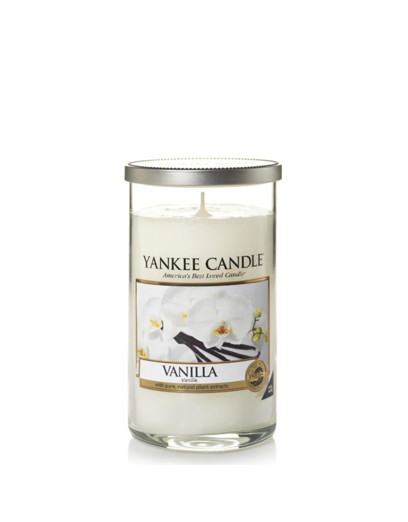 Yankee Candle Vanilla Medium Pillar