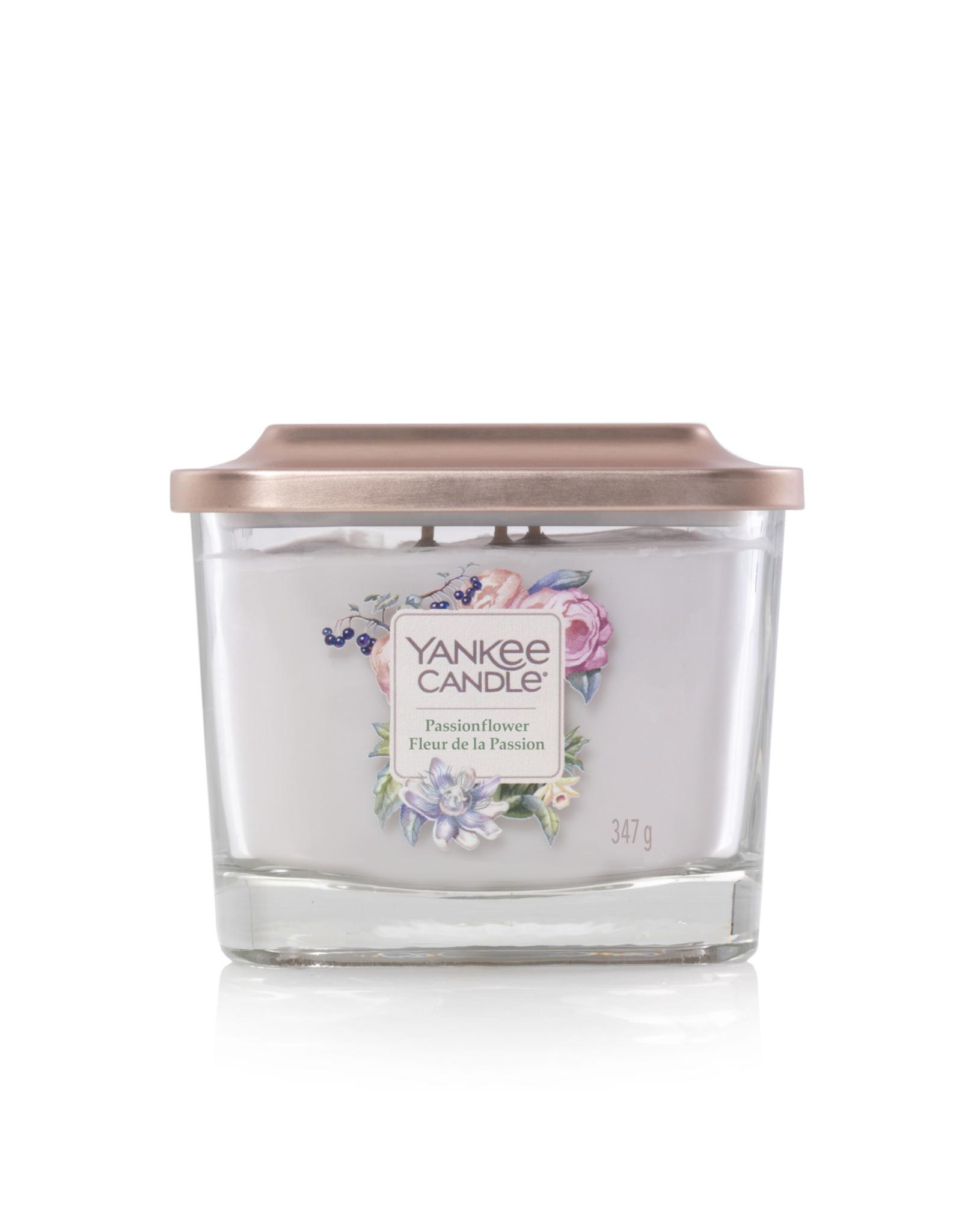 Yankee Candle Passionflower - Medium Vessel
