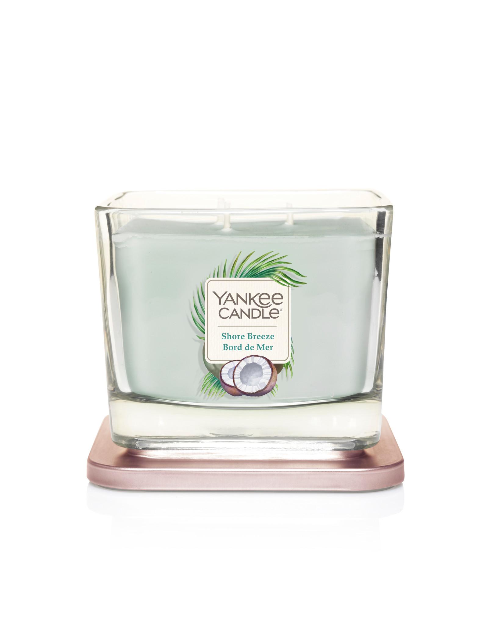 Yankee Candle Shore Breeze - Medium Vessel