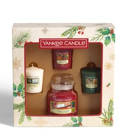 Yankee Candle Magical Christmas Morning - Small Jar & Votives Giftset
