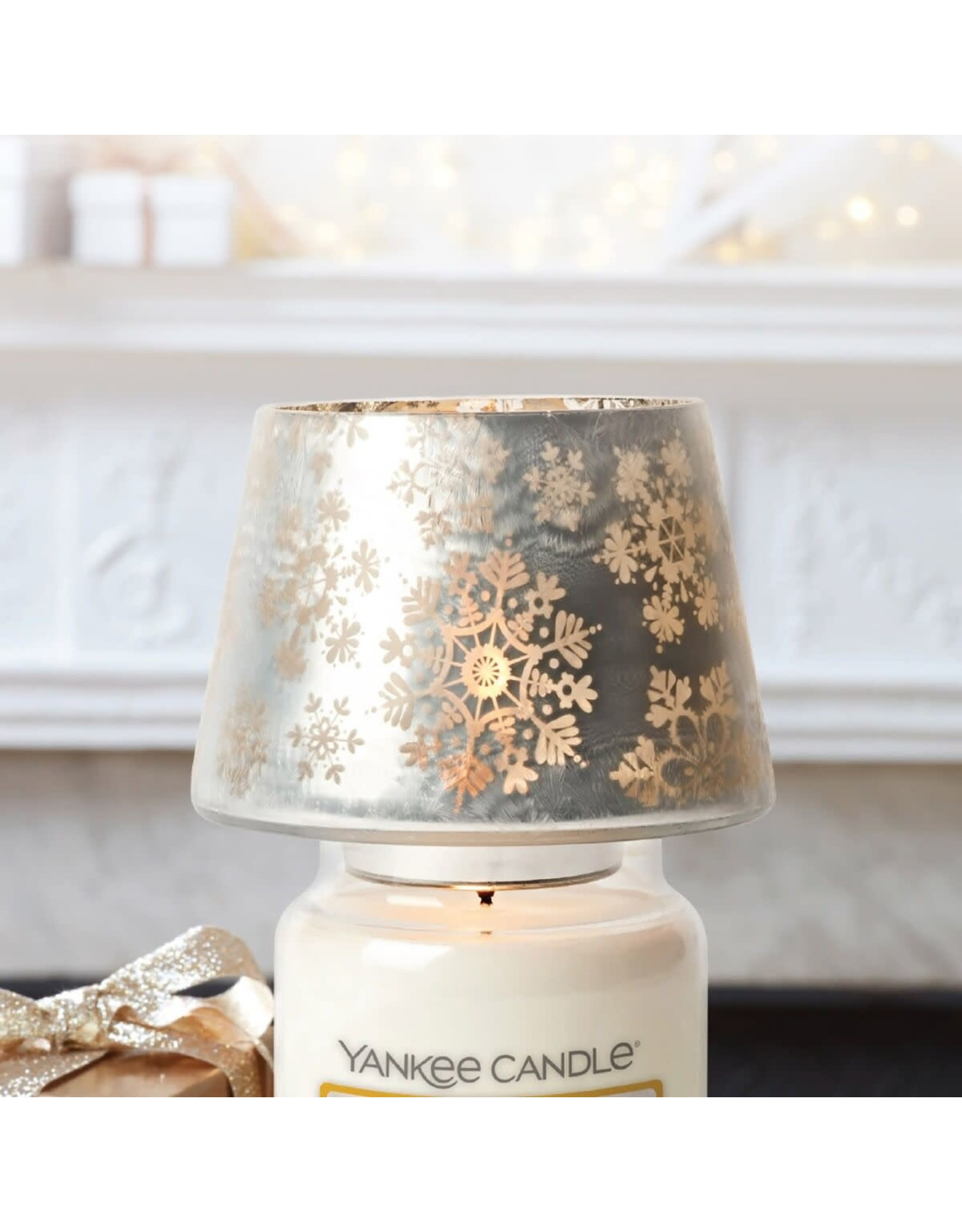 Yankee Candle Snowflake Frost - Large Shade