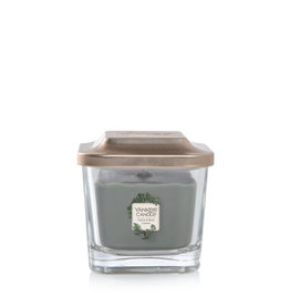 Yankee Candle Vetiver & Black Cypress - Small Vessel
