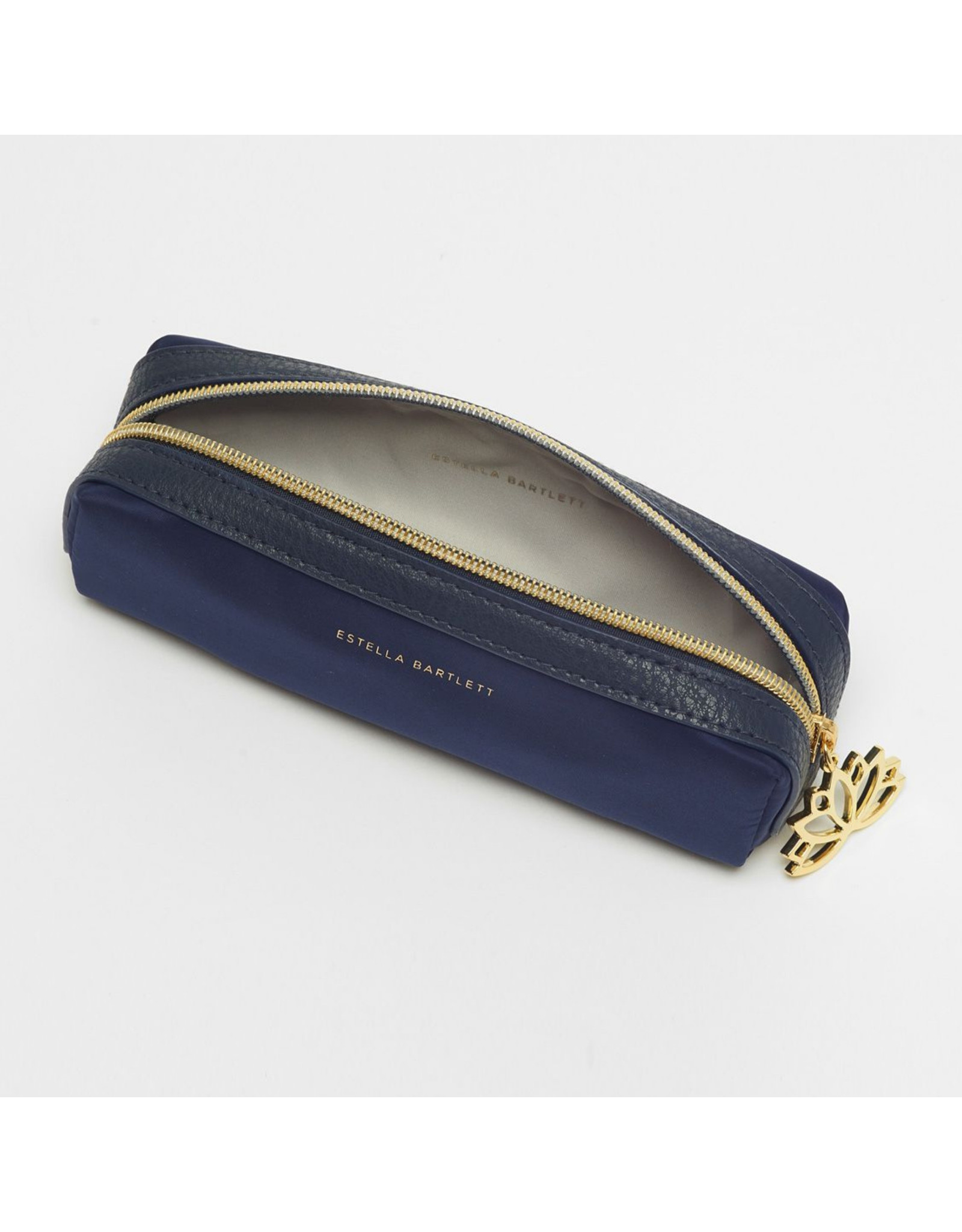 Estella Bartlett Charmed Lotus - Make-uptas / Pennenzak Navy