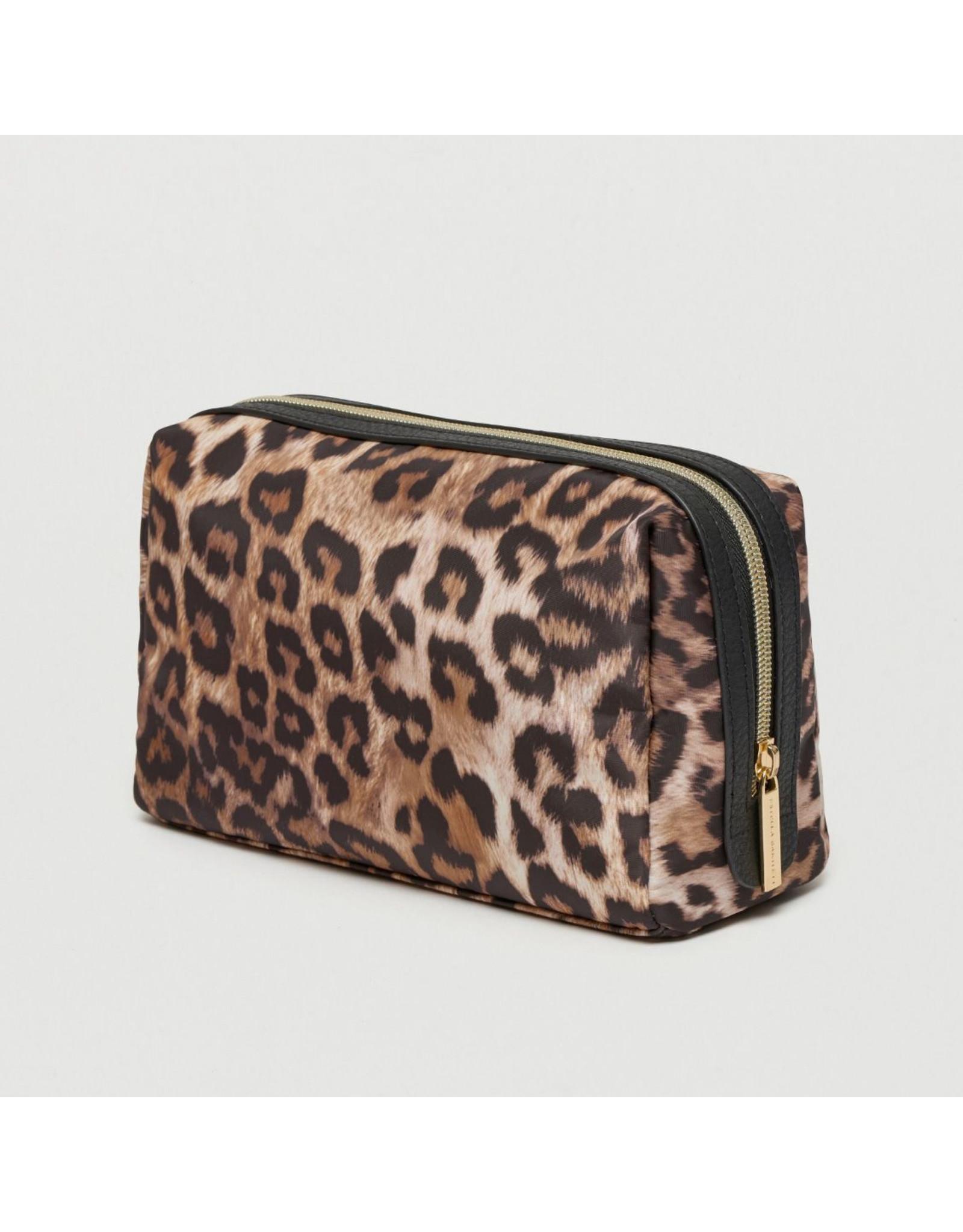 Estella Bartlett Leopard - Toilettas