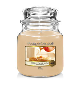 Yankee Candle Freshly Tapped Maple - Medium Jar