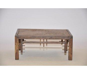 Table en chêne ornementale no 31