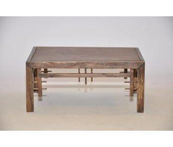 Table en chêne ornementale no 30