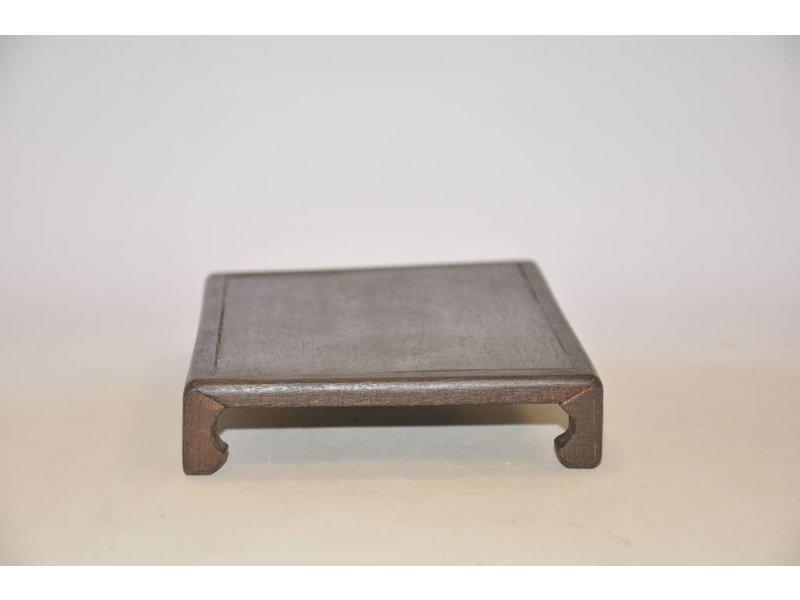 Meranti Tisch